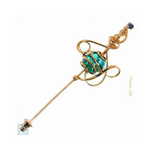 Épingle fantaisie de création artisanale, bijou fait main