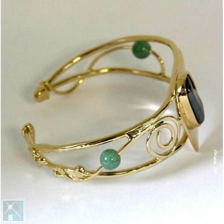Bracelet artisanal, pièce unique.