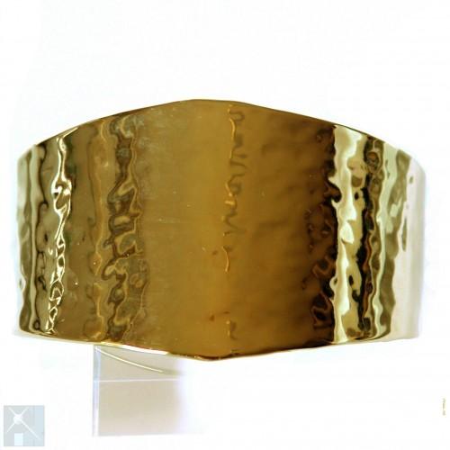 Bracelet artisanal, large.
