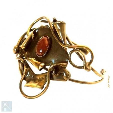 Bracelet fantaisie avec la cornaline, pierre semi-précieuse