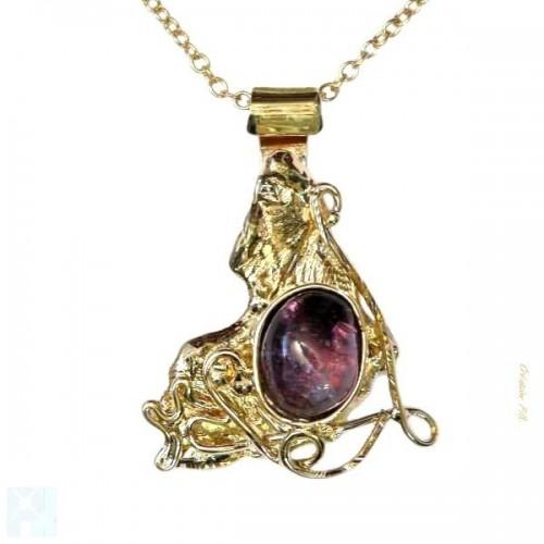 Petit pendentif artisanal avec améthyste, pierre semi-présieuse.