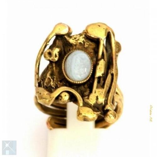 Bague plaqué bronze avec la calcédoine, création artisanale.