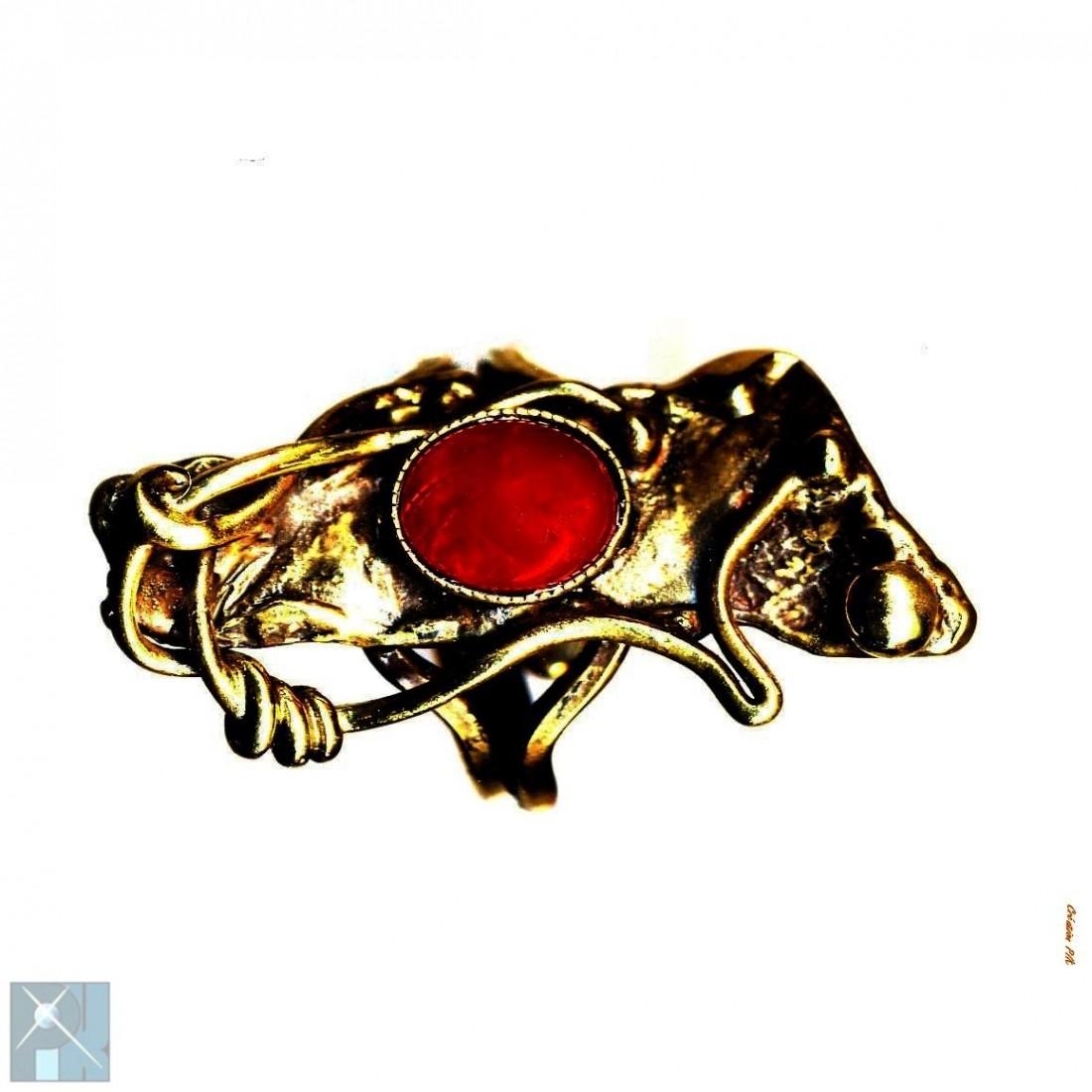 Bague bronze, faite à la main avec la cornaline.