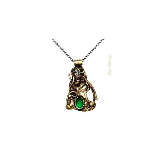 Création de bijoux, petit pendentif avec agate verte.