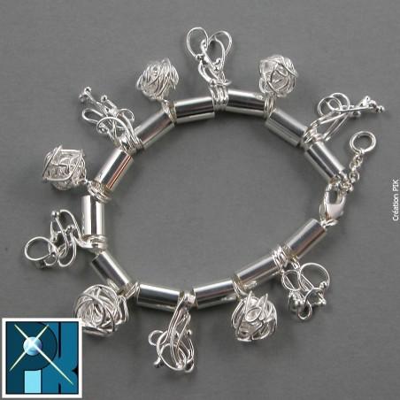 Bracelet souple sur chaîne ronde, création artisanal.