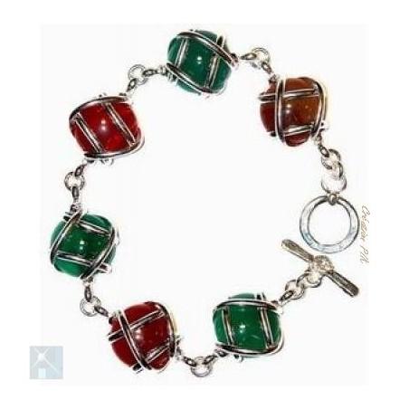Bracelet multicolore avec des pierres fines : agate verte et  cornaline.
