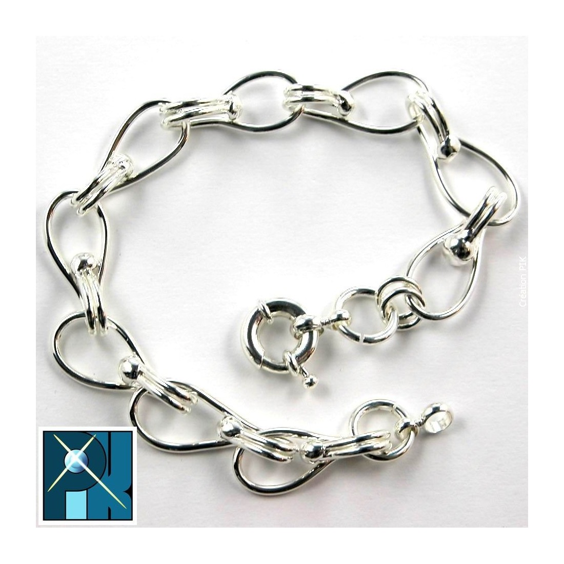 Bracelet en fil rond pour homme.
