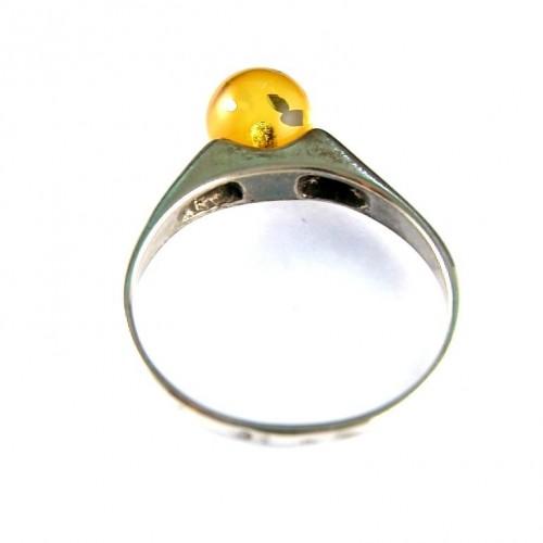 Bague argent massif avec une très jolie perle en ambre véritable