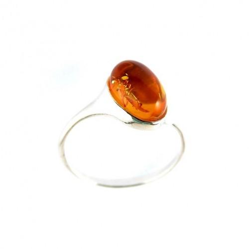 Très fine bague en argent massif avec ambre véritable