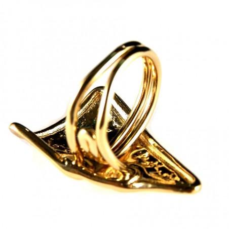 Bague artisanale dorée en forme de triangle