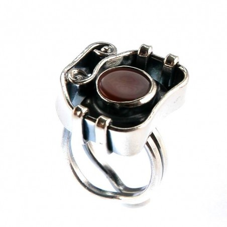 Bague artisanale avec la cornaline, bijou fait main