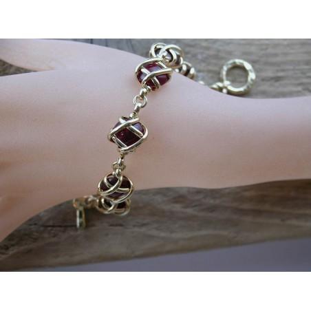 Bijou fait main, création française, bracelet avec six pierres.