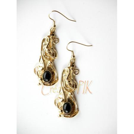 Boucles d'oreilles fantaisie en forme baroque