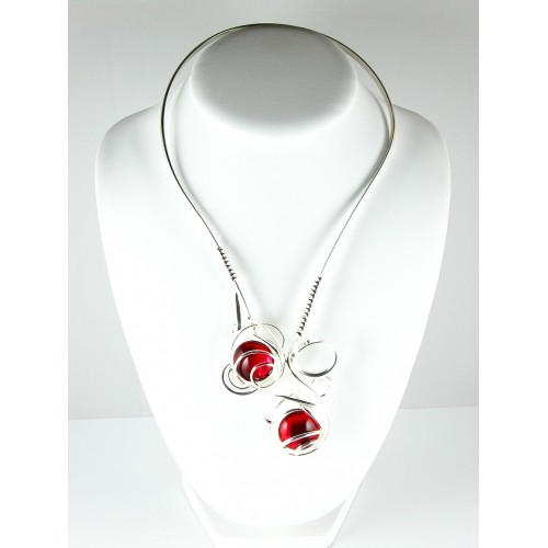 Grand collier de créateur. Bijou made in France.