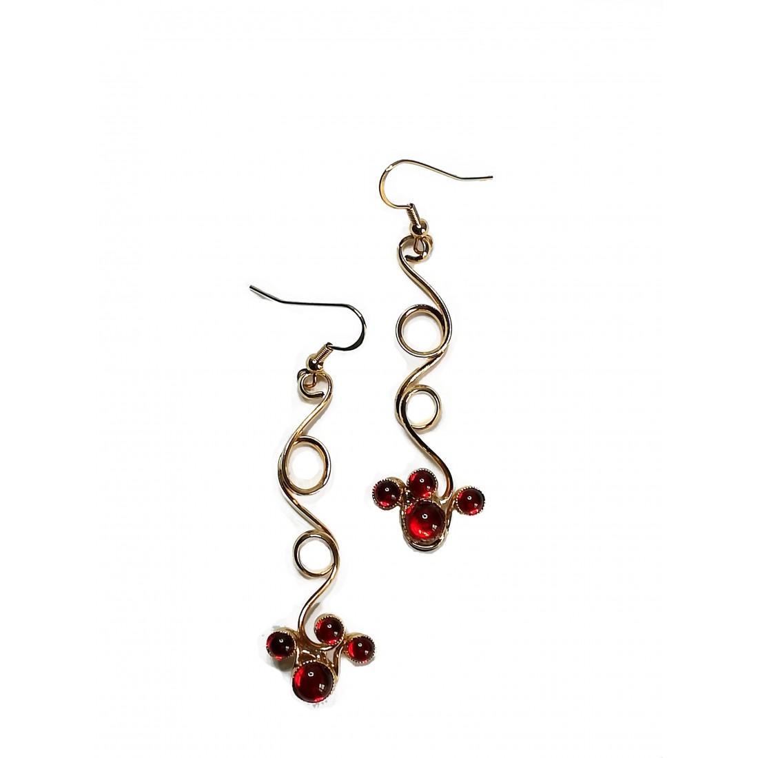 Boucles d'oreilles faites à la main-or et rouge