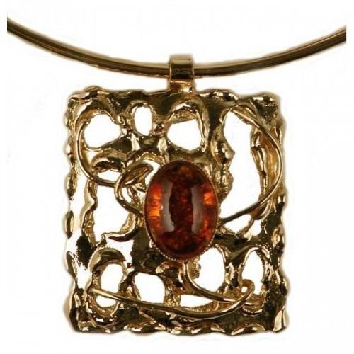 Collier rectangulaire doré avec une pierre véritable