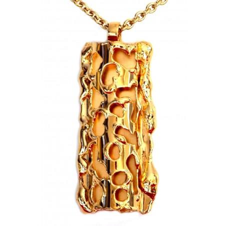 Audacieux pendentif doré de créateur, bijou fantaisie de qualité