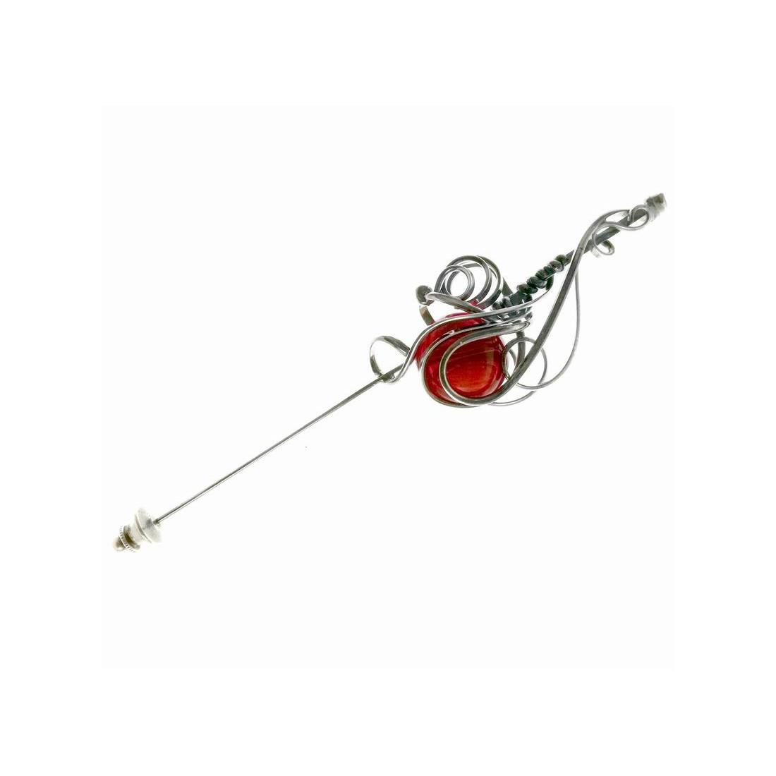 Broche ou épingle artisanale pour décorer votre veste ou retenir les extrémités d'un foulard.