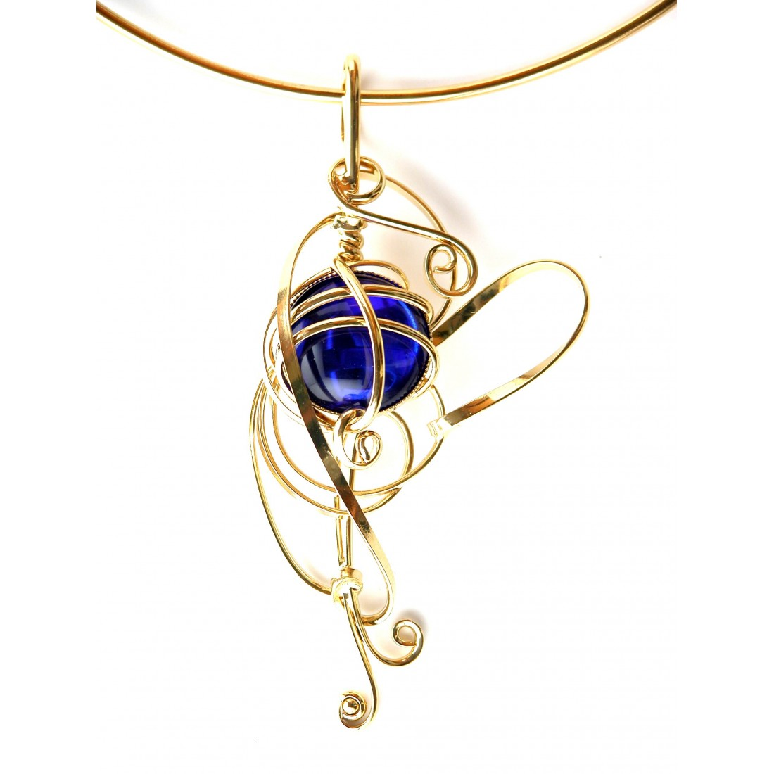 Collier bleu saphir et or plaqué-bijou de créateur