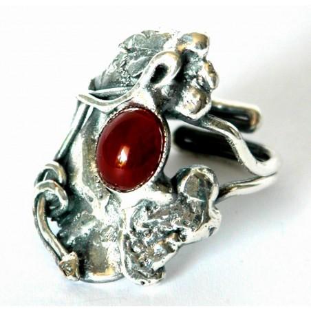 Bague, forme baroque couleur argent ou argent vieilli