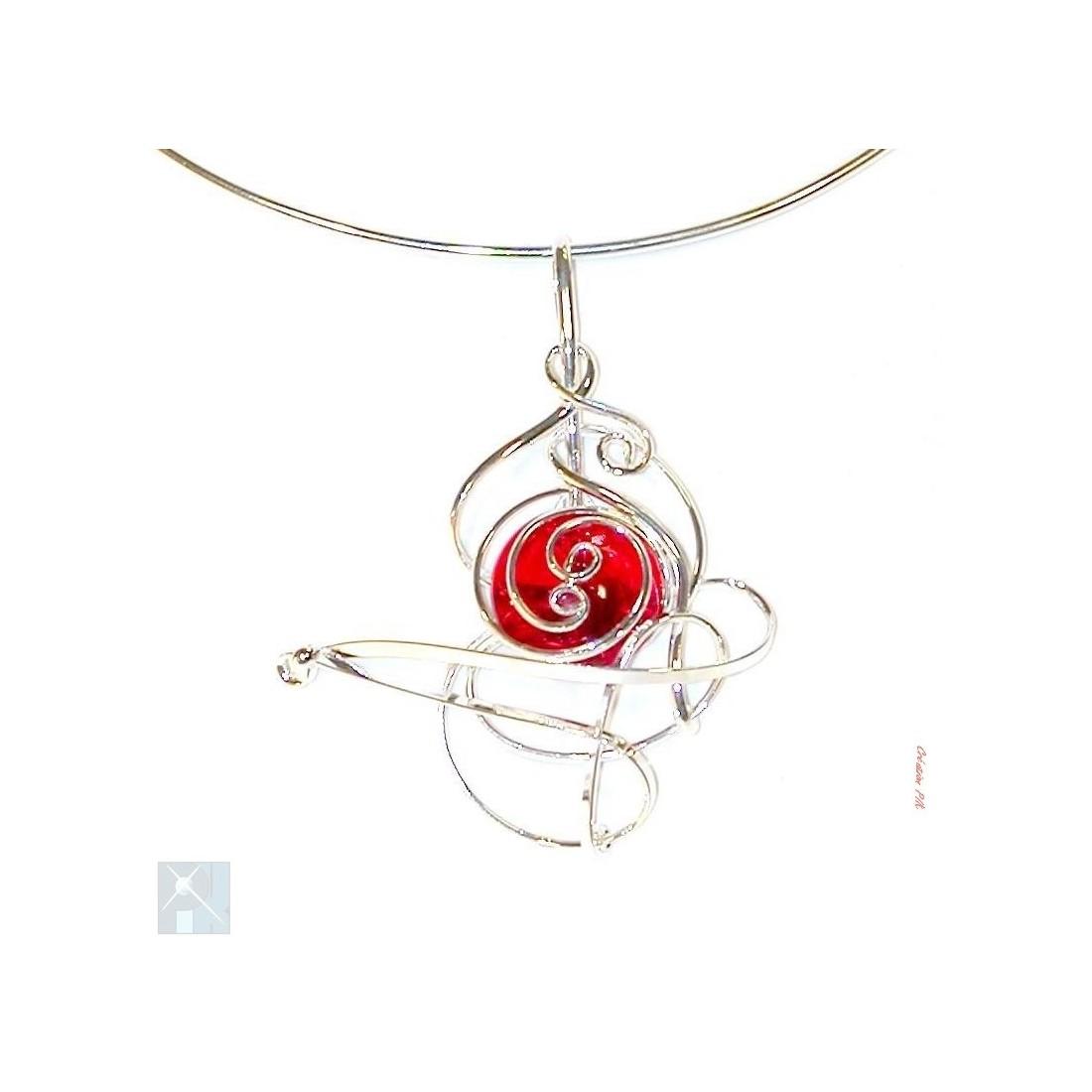 Collier argent de couleur rouge rubis, bijou pour femme