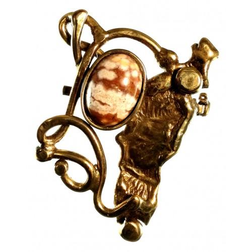 Broche de créateur-bijou unique.