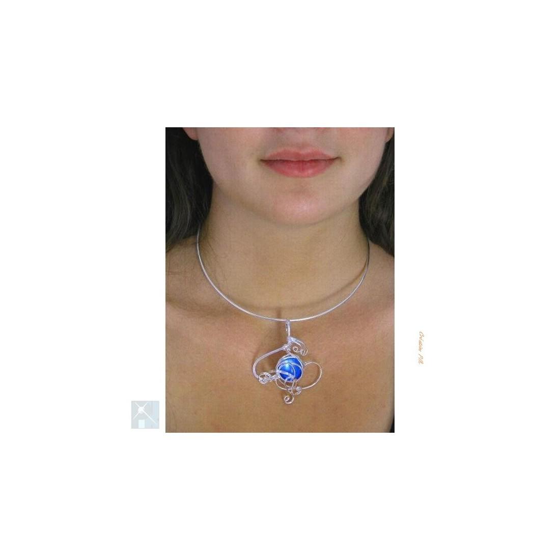 Collier de créateur fait main, bijou argent et bleu