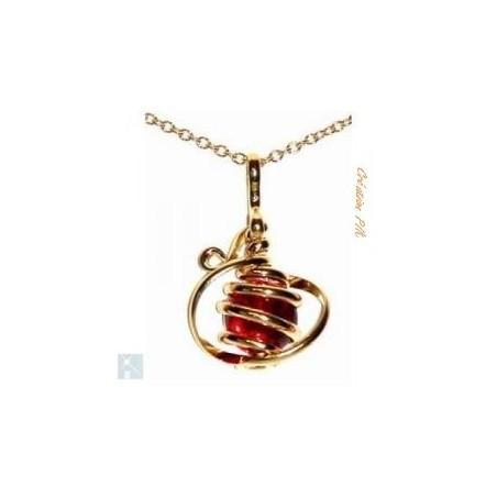 Petit pendentif doré-rouge rubis, création artisanale.