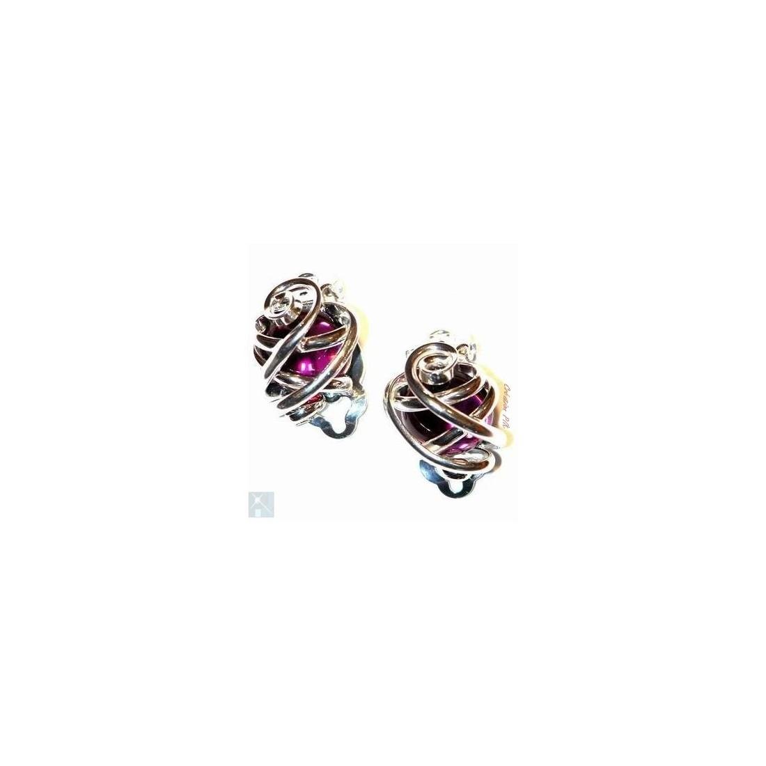 Boucles d'oreilles clips, violettes.