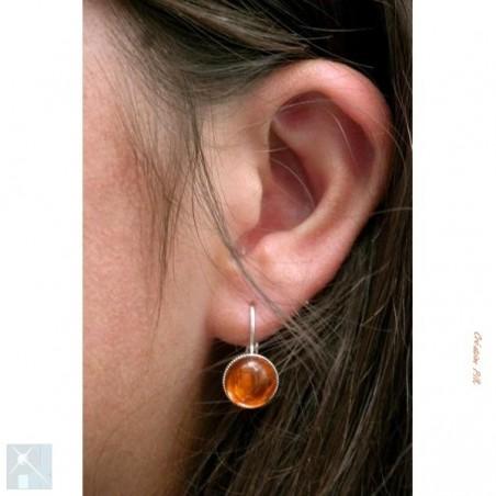 Boucles d'oreilles dormeuses, oranges.