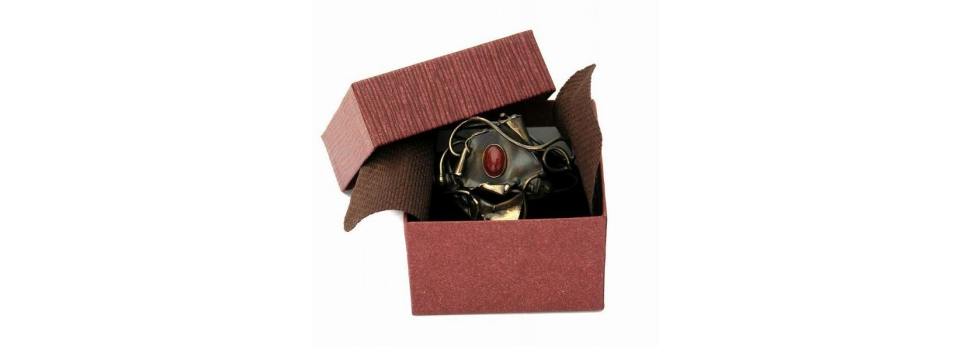 Emballage cadeau-écrins pour vos bijoux
